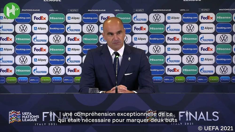 La réaction de Roberto Martinez après la victoire de la France. Dugout