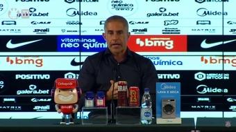 Sylvinho explicou a saída de Willian. DUGOUT