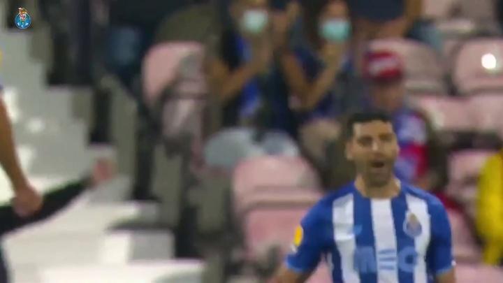 VIDÉO : le but splendide de Mehdi Taremi contre Gil Vicente. Dugout