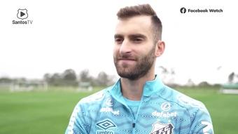 Léo Baptistão fala da expectativa pelo primeiro gol, mas foca na vitória. DUGOUT