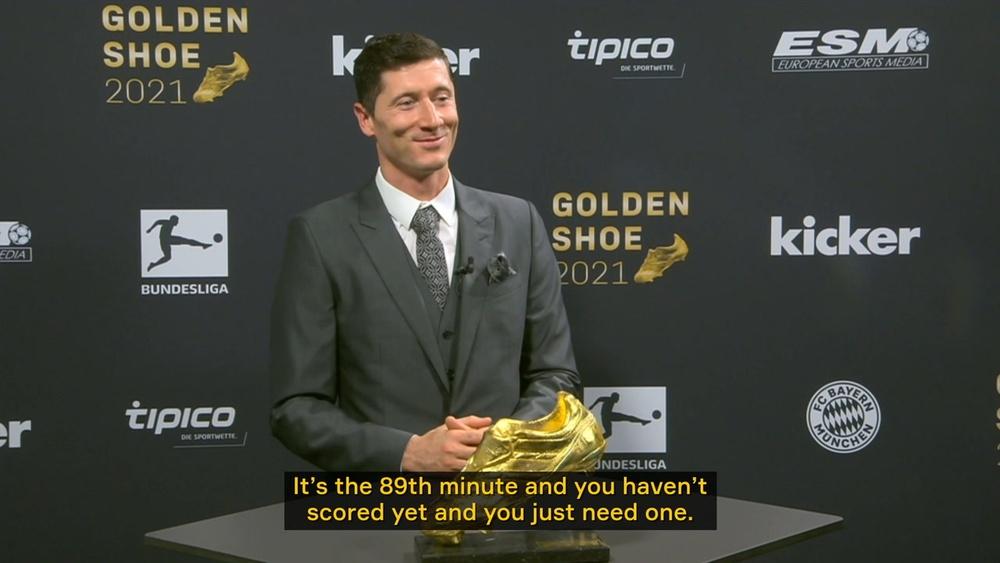 Lewandoski wins his first ever Golden Shoe award. DUGOUT