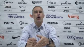 Sylvinho explica situação de Willian. DUGOUT