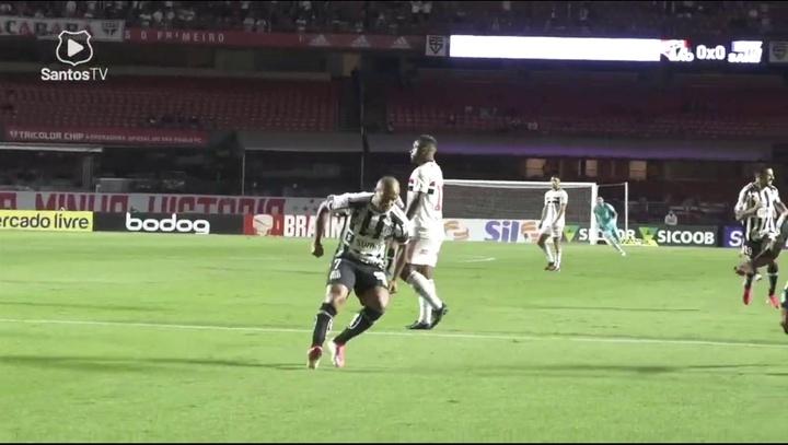 Golaço de Sánchez no empate do San-São no Morumbi. DUGOUT