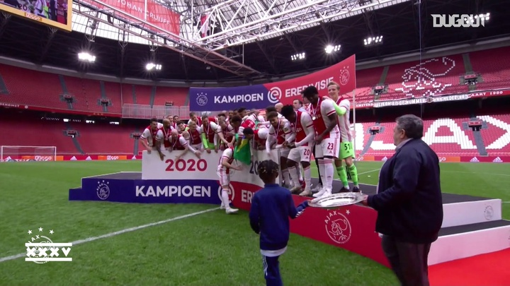 Ajax conquista 35º título do Campeonato Holandês. DUGOUT