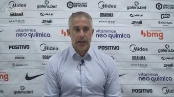 Sylvinho explica escalação do Corinthians na derrota no Morumbi. DUGOUT