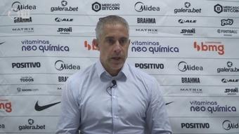 Sylvinho analisa derrota para o São Paulo e vê dificuldade. DUGOUT