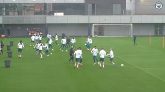 Manchester City treina de olho no confronto contra o Brugge. DUGOUT