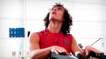 Le premier entrainement de David Luiz avec Flamengo. DUGOUT