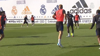 Toni Kroos has been preparing for Sunday's match at Barcelona. DUGOUT