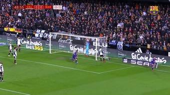 Le premier but de Philippe Coutinho à Barcelone contre Valence. DUGOUT