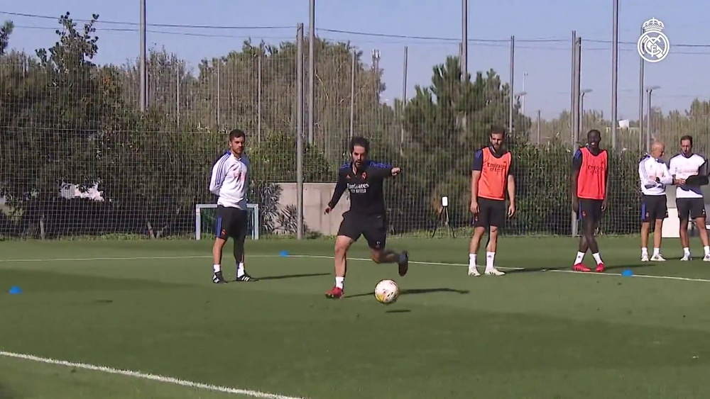 Le Real Madrid s'entraîne sans ses internationaux. Dugout