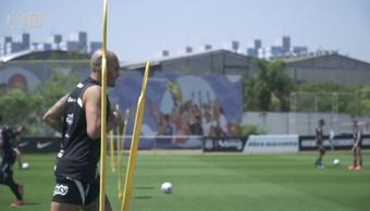 Corinthians encerra preparação.