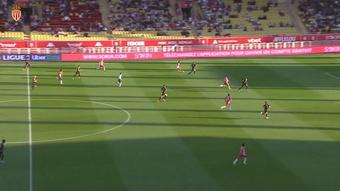 L'ouverture du score de Volland contre Montpellier. Dugout