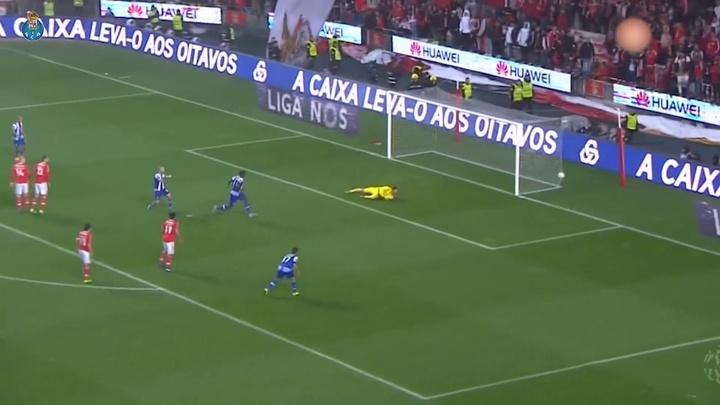 Le meilleur d'Héctor Herrera au FC Porto. Dugout
