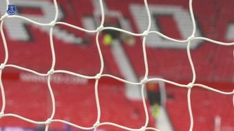 Confira os bastidores do empate por 1 a 1 entre Everton e Manchester United em Old Trafford. DUGOUT