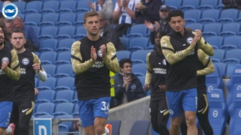 Brighton got a 2-1 win over Leicester on Sunday. DUGOUT