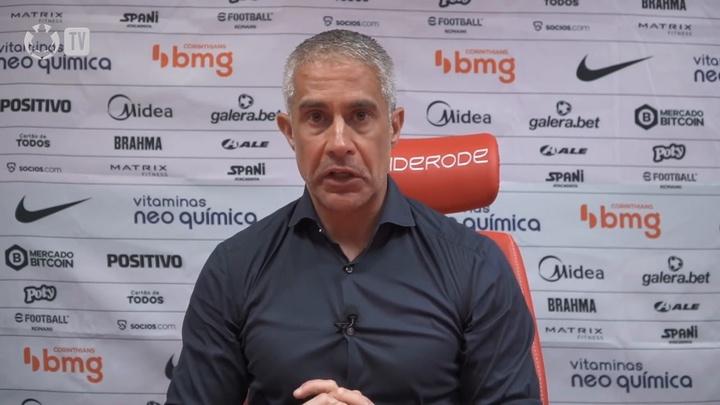 Sylvinho sobre situação contratual de Gabriel Pereira.