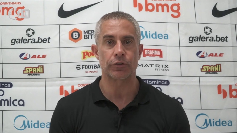 Técnico do Corinthians após derrota para o Sport por 1 a 0, DUGOUT