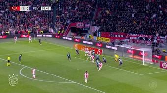 El Ajax trituró al PSV y se afianzó en el liderato. Dugout