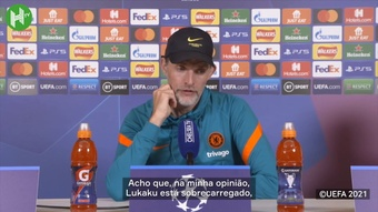 Tuchel vê Lukaku 'sobrecarregado' no Chelsea. DUGOUT