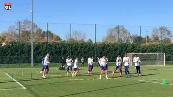 L'Olympique Lyonnais prépare le match de Lens. DUGOUT