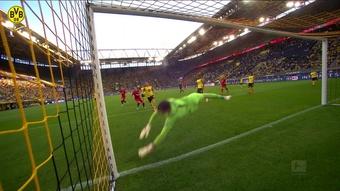 Les meilleurs arrêts de Gregor Kobel à Dortmund. DUGOUT