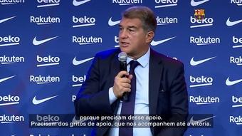 Presidente do Barça pede apoio da torcida antes de El Clásico no Camp Nou. DUGOUT