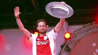 Daley Blind's incredible return to Ajax. DUGOUT