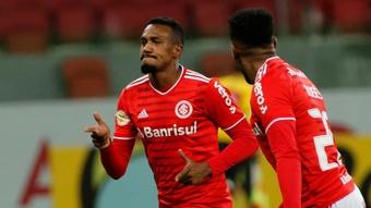 'Velho conhecido' de Tite, Edenílson vibra ao chegar à seleção brasileira