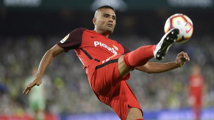 Inter anuncia contratação do zagueiro Gabriel Mercado. EFE
