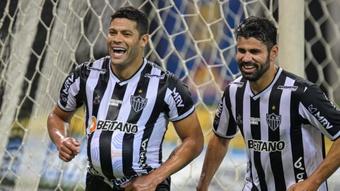 Hulk, Diego Costa comemoram, Atlético-MG x Sport Recife, Brasileirão. EFE