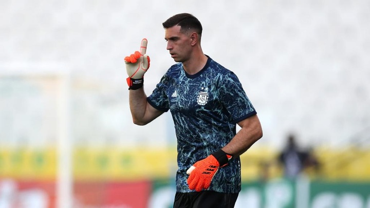 Brazil-Argentina was cancelled for political reasons, claims Emiliano Martinez