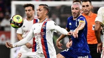 Lyon échappe au piège lorientais. Goal