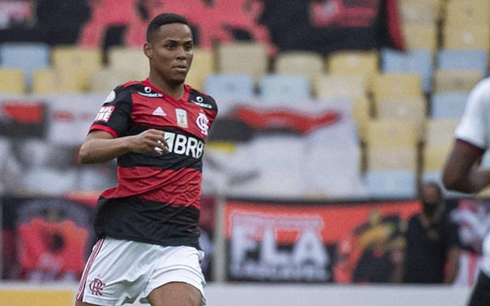 Red Bull Bragantino vai pagar R$ 22 milhões ao Flamengo pela compra do zagueiro Natan. EFE