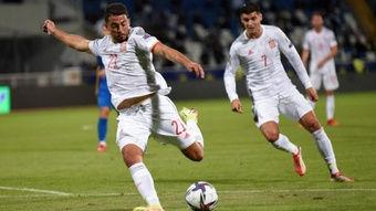Fornals and Ferran give Spain vital 3 points. GOAL